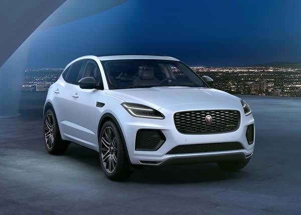 Jaguar presenta la raffinata E-PACE R-Dynamic Black Edition e le sue avanzate tecnologie